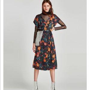 Printed Floral Short Sleeves Mid Dress, NWT